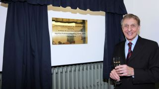 Sir Colin Blakemore opens new Centre for Integrative Neuroscience