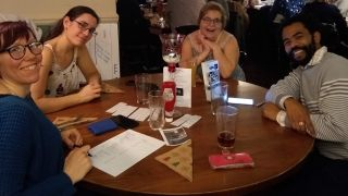 Oxford Parkinson's Disease Centre members raise funds for their research and enjoy a pub quiz in the process!