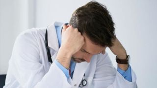 Workload pressure prompts gps to retire early