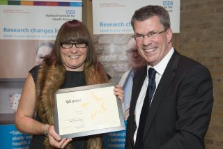 Jo cook wins research award