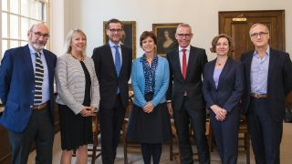 Family Larsson-Rosenquist Foundation representatives meet the Vice-Chancellor, Professor Louise Richardson and members of the INTERGROWTH-21st Project, Professor Jose Villar and Professor Stephen Kennedy.