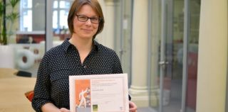 Early career researcher award for amanda hall