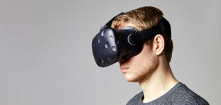 Oxford study finds virtual reality can help treat severe paranoia