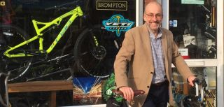 Simon lovestone cycles to buckingham palace to receive knighthood.jpg