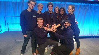 2018 Undergraduate Oxford iGEM team win Gold Medal Award