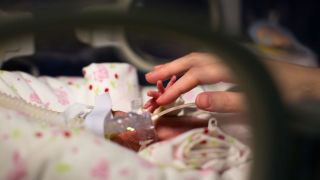 The Lancet has published the results of the Procedural Pain in Premature Infants (Poppi) study, ran by the Paediatric Neuroimaging Group, which is in the Department of Paediatrics.