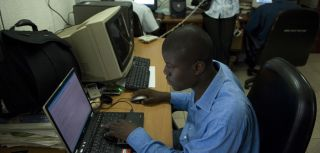 To return or not to return that is the question highly skilled return migrants to ghana