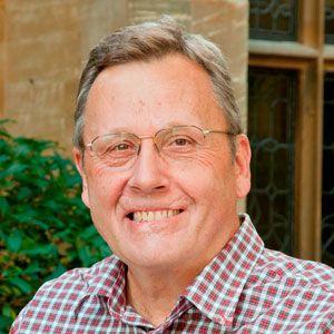 Gil Loescher