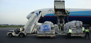 UNHCR emergency aid flight arrives in Benin