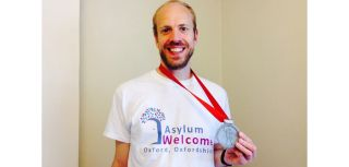 Rsc director alexander betts runs london marathon in aid of asylum welcome