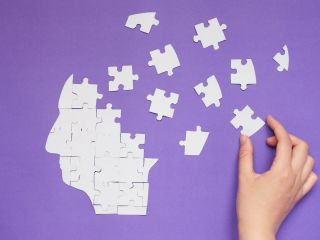 dementia puzzle hand