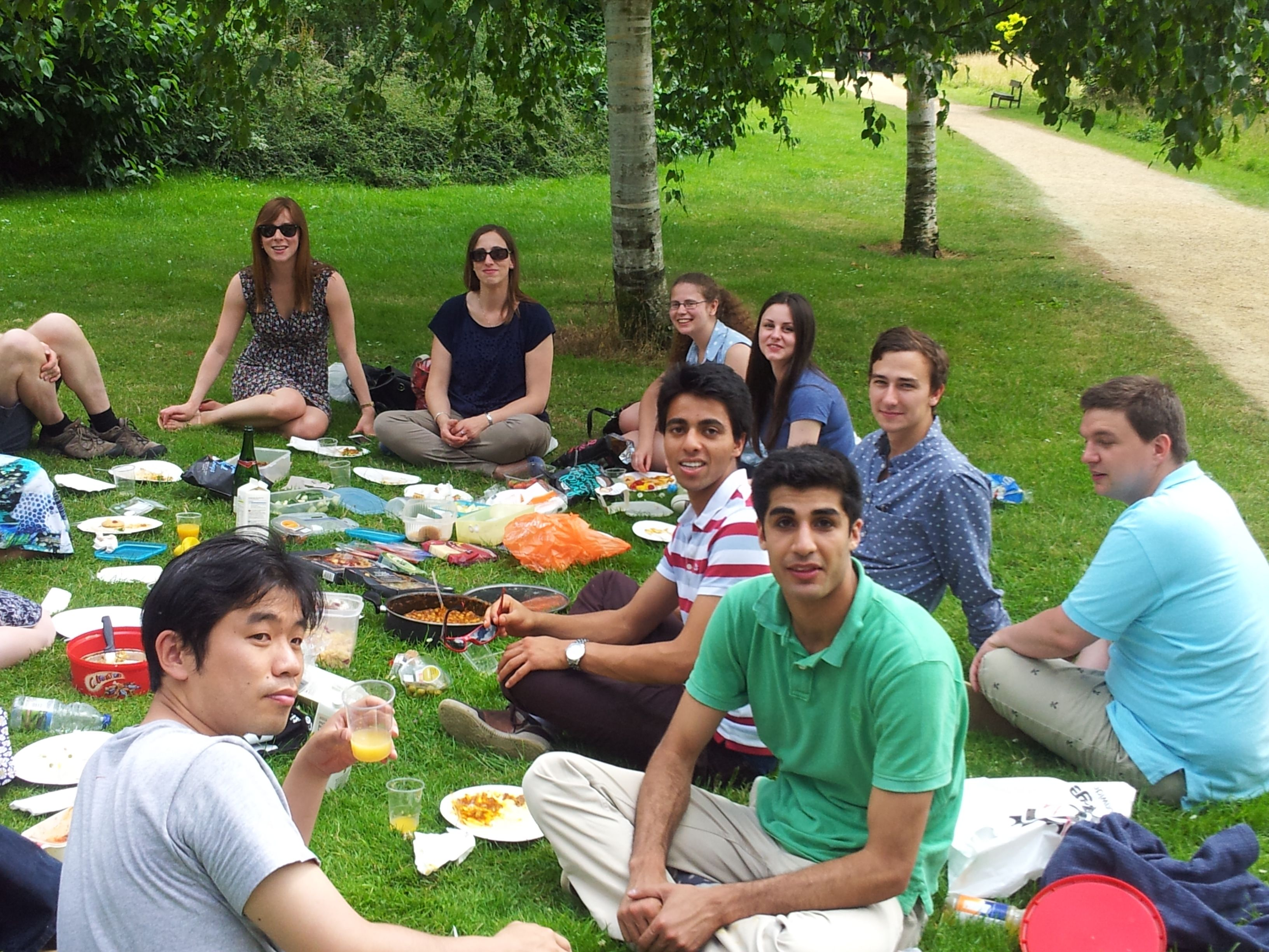 Science, punting and picnic in the parks
