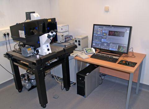 elyra-microscope.jpg