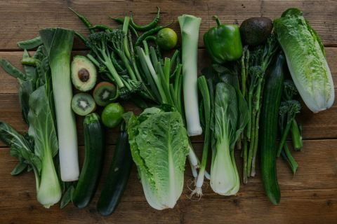 A group of green coloured vegetables.