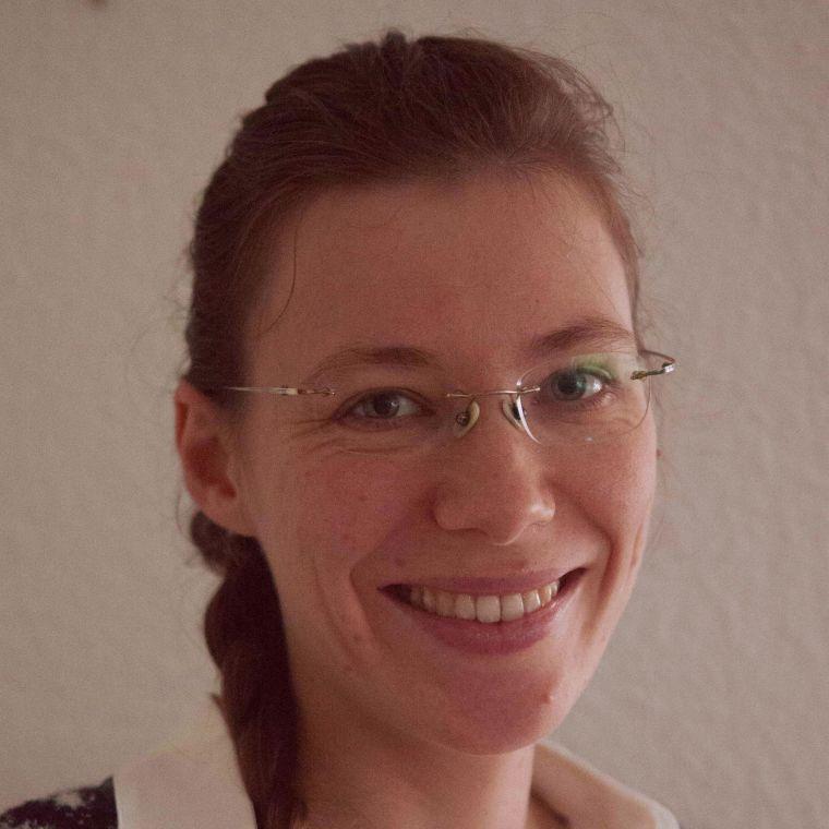 Jacqueline Scholl