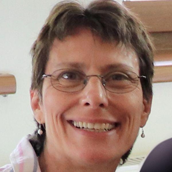 Andrea H Németh