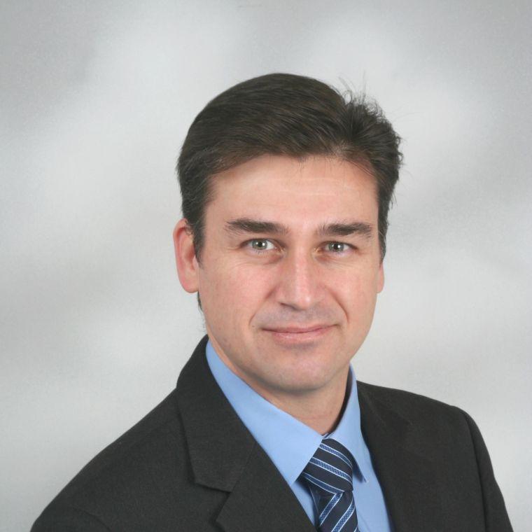 Dr Murray Gardner