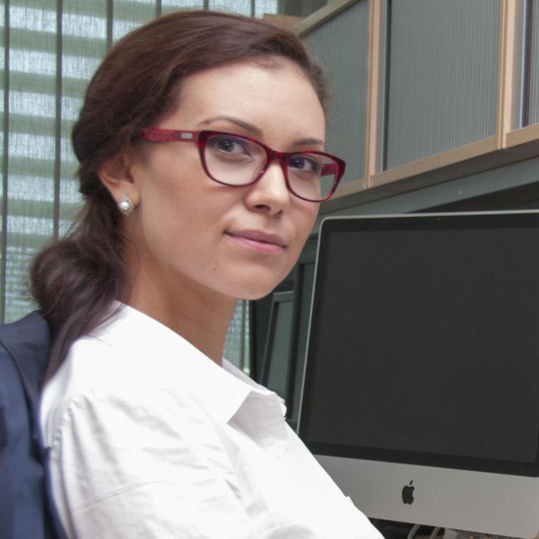 Iulia popescu