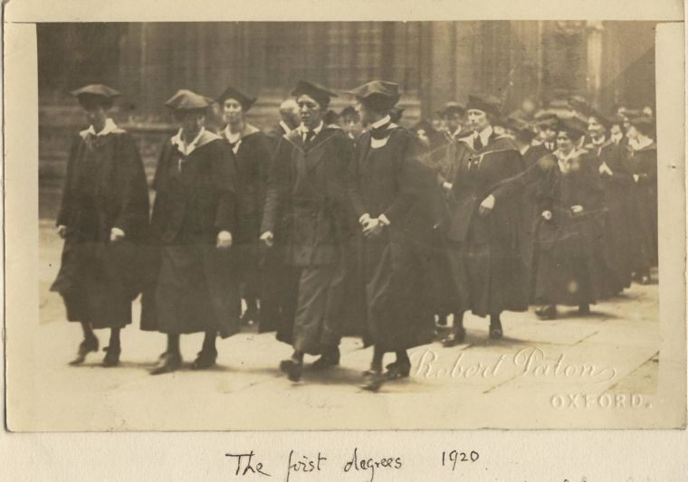 The first women to be awarded degrees at Oxford University