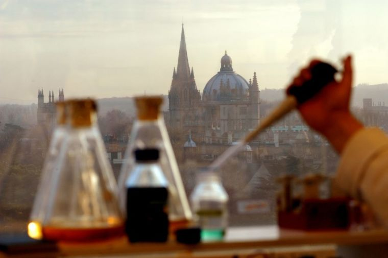 Image of pipette and Oxford background