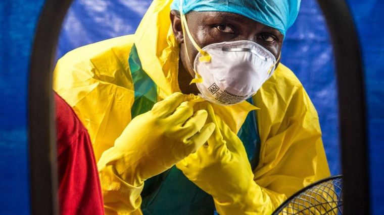 Survivors blood plasma to treat ebola is safe but more data needed