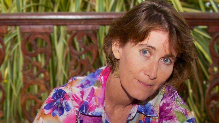 Rose mcgready awarded alumni award for service to humanity