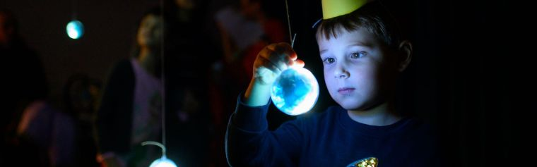 A small boy at the Stargazing Oxford event