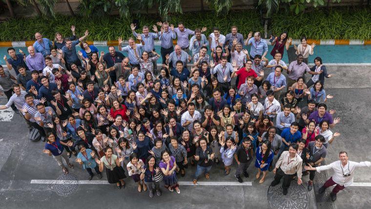 A group photo the MORU Tropical Health Network