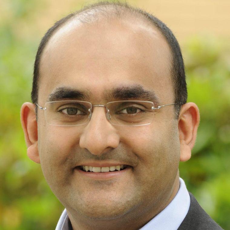 Aomesh Bhatt