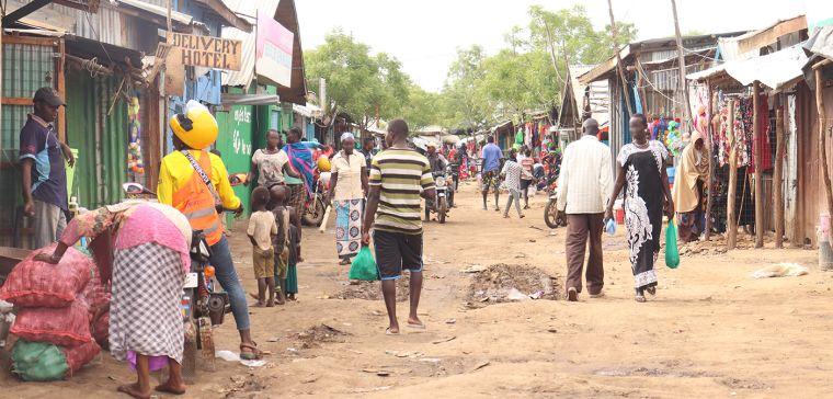 People shopping in Kakuma refugee camp