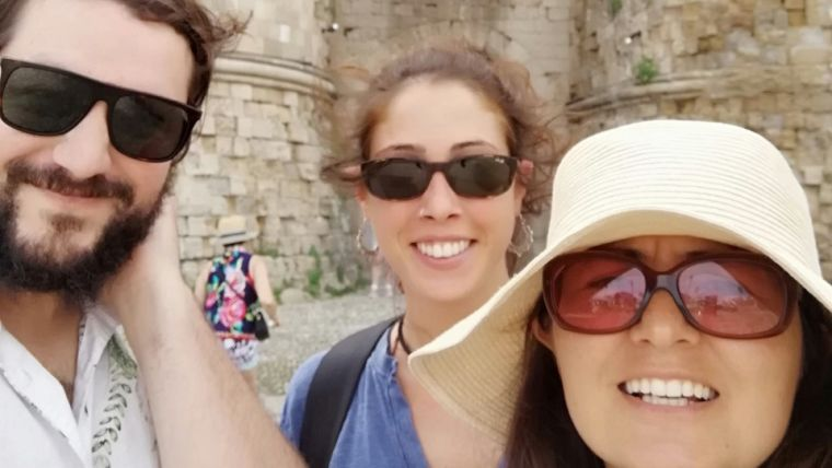 Prof Carlos Carmona (NYU), Ines Mahu (former Domingos graduate student) and Ana Domingos