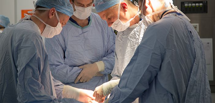 Professor Robert MacLaren and colleagues inserting a retinal implant