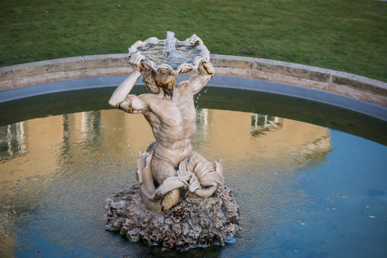 Birds eye view of Tritons Fountain at the Radcliffe Observatory Quarter