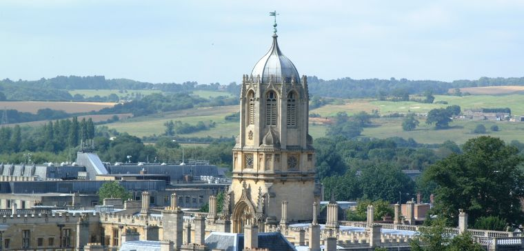 The Oxford skyline featuring Tom Tower.