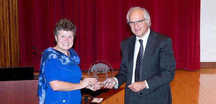 Professor kathryn wood wins 2017 starzl prize