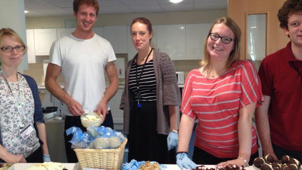 Situ hosts arthritis research uk cake sale and raises ps211 14