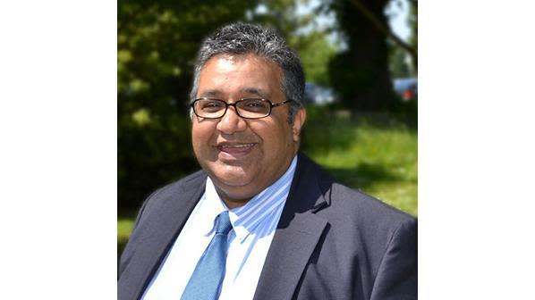 Professor ashok handa to receive lifetime achievement accolade at 2019 teaching excellence awards