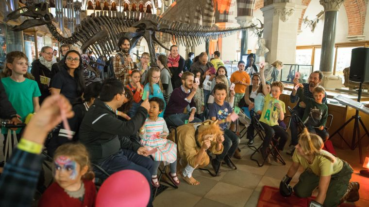 Leo the Lion play at Curiosity Carnival