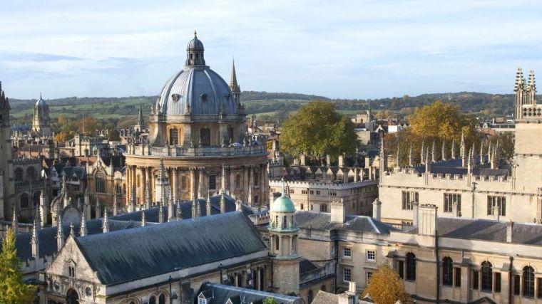 Skyline image of Oxford University buildings