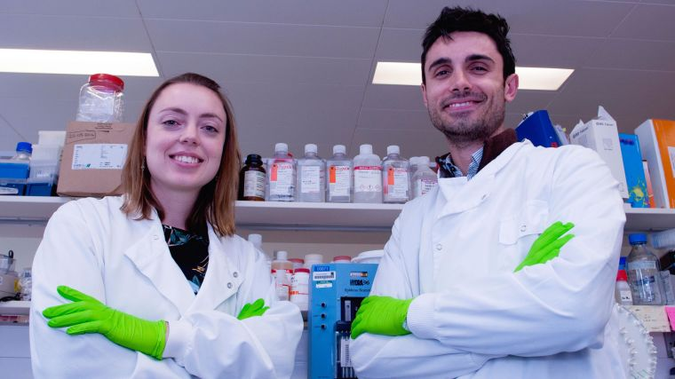 Dr Amity Roberts and Dr Matteo Vecellio in the laboratory at the Botnar Research Centre.