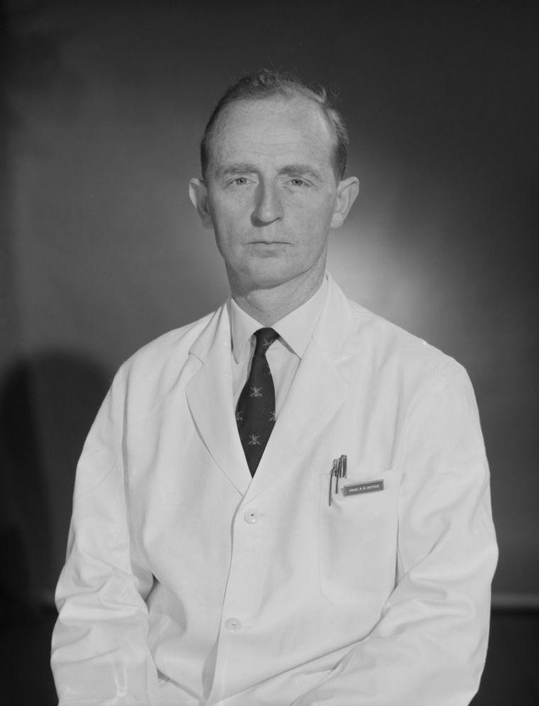 Robert B. Duthie