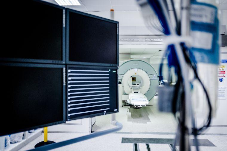Acute vascular imaging centre