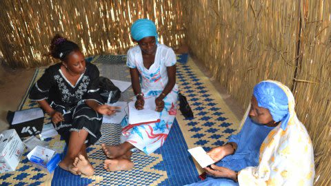 African_malaria_community_photo.jpg