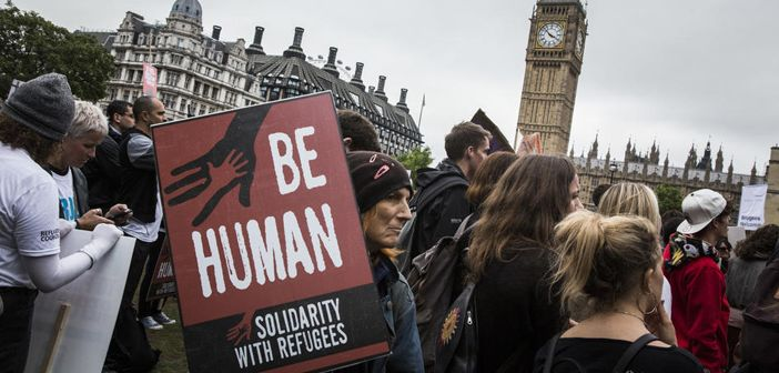 Thousands march in solidarity with refugees in London, September 2016