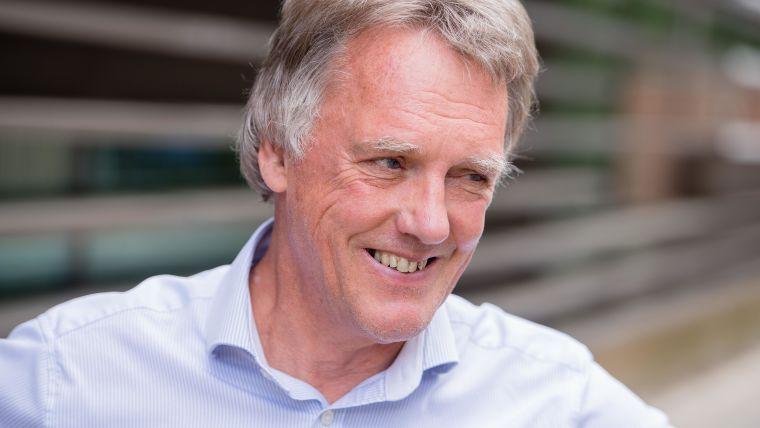 Nobel prize for medicine awarded to ndm professor sir peter ratcliffe