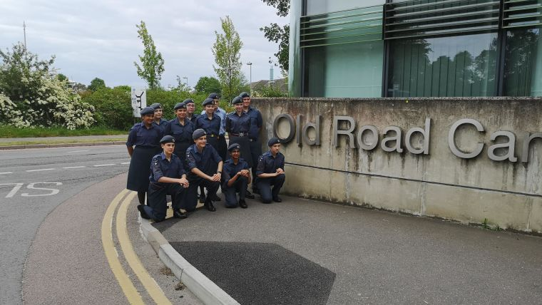 Raf air cadets visit oncology