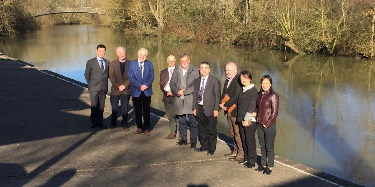 Ge Tan, Andrew McMichael, Alain Townsend, Richard Liwicki, Chris Conlon, SuNan Jiang, Darren Nash, Tao Dong and Jin Wang by the River Thames in Oxford following the meetings