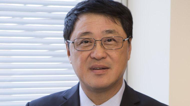 A headshot photo of Lieping Chen