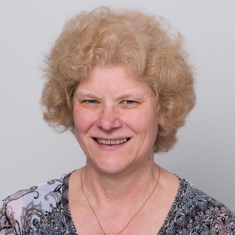 Linda Wicker