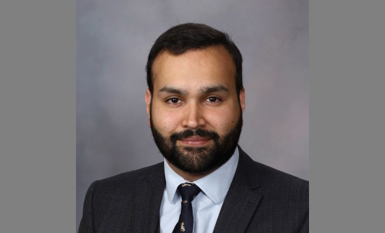 Dr Omair Shariq